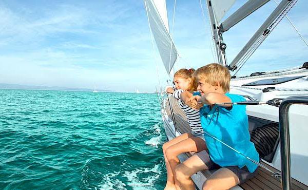 vacaciones en barco con niños
